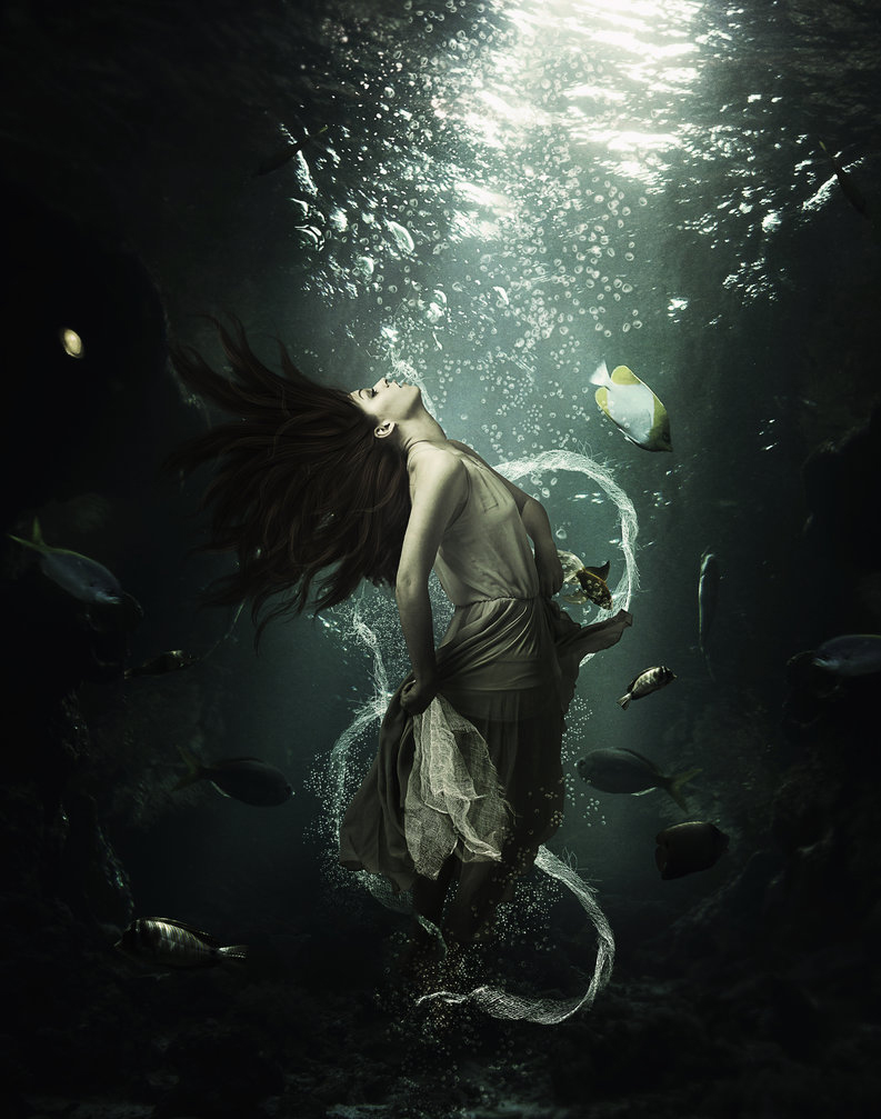 Create an Underwater Beauty in Photoshop - Photoshop