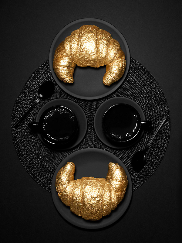 Gold On Black - Noir Design Trend