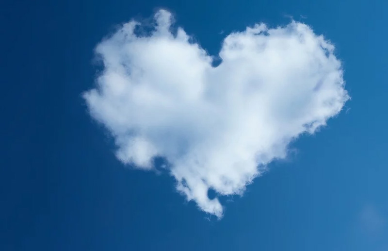 Cloud Heart Background