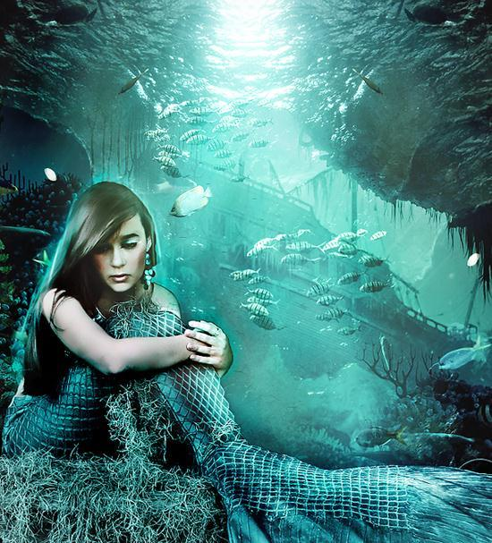 Mermaid Underwater Photo Manipulation