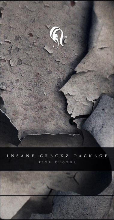 Package Insane Cracks on Wall