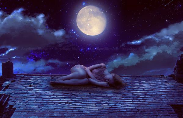 Ясная и красивая, она сулит сновидцу новую любовь или встречу с влиятельным человеком.